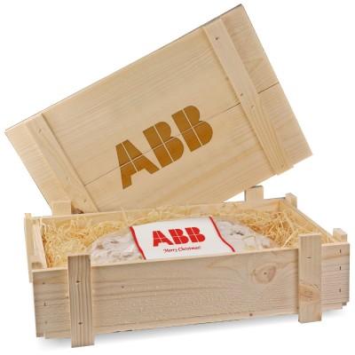 Штоллен в деревянном ящике